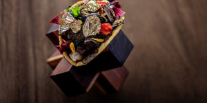 At USD25,000, This Taco with 25K Gold Flakes is the World's Most Expensive
