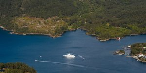 Charter in Norway: A Stunning Cruise Powered by Nature