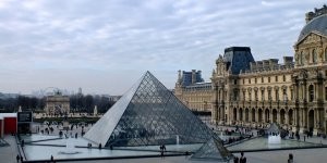 The Louvre's art collection is available online for free browsing