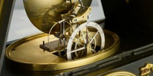 Deep dive into natural and detent escapements of watches